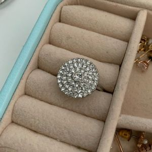 Round sparkly silver ring